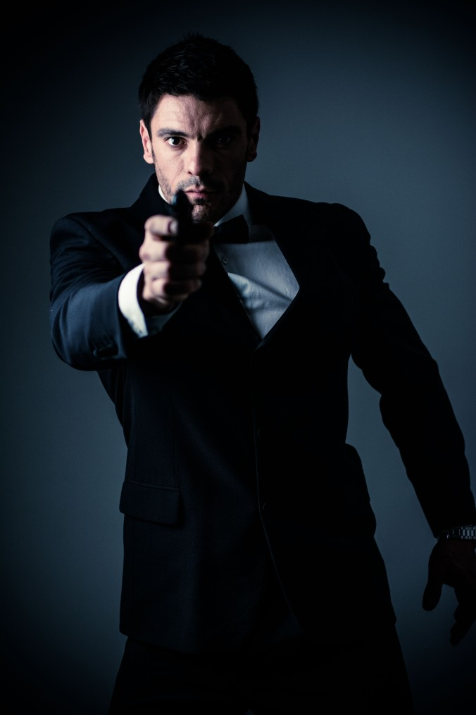 Mark Hoban as Bond at FOTO-CLUB.